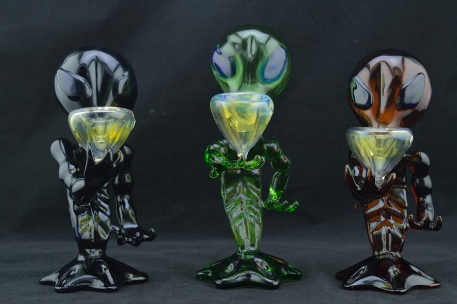 best-exquisite-alien-shape-bongs-mini-smoking